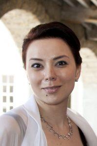 فيروز نيشانوفا
